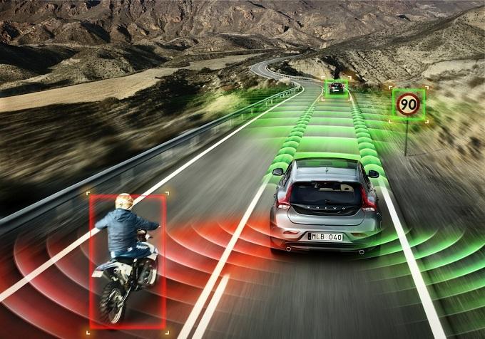 Volvo_V40_sistemi-di-sicurezza